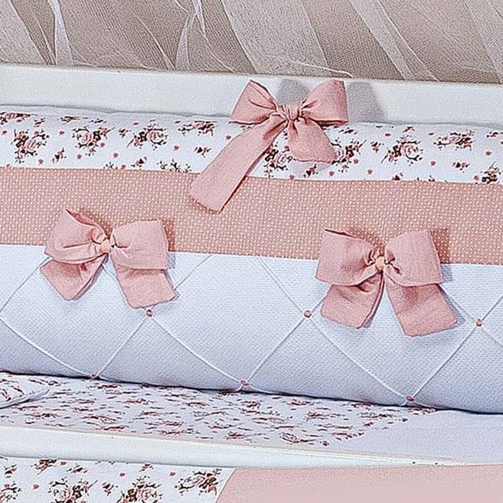 kit berço de piquet Charlotte Floral Salmão detalhes