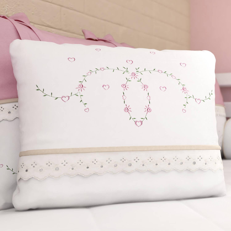 almofada-coracoezinhos-ramos-e-flores