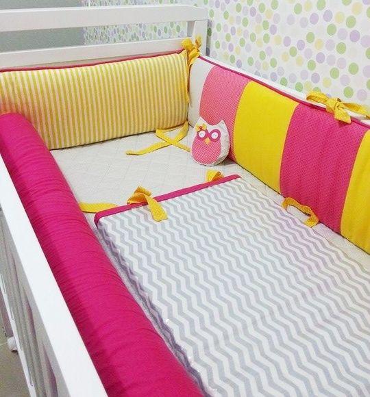 kit berço amarelo e rosa
