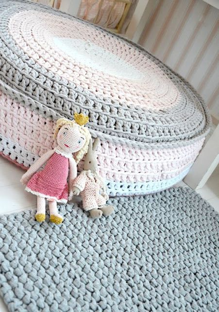 pufes-crochet-2
